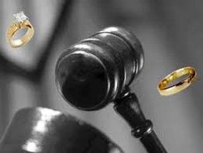 قانون طلاق فرزام پور